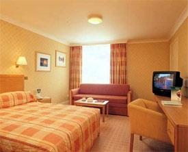 dublin airport hotel