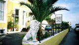 Safari Bistro Hotel